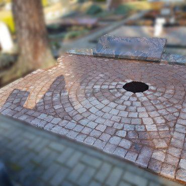Kapo dengimas granitinėmis trinkelėmis 865688083